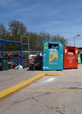 CAMBERLEY ENGLAND, MAJ 05 2016: Wilton Road Recycling Centre Royaltyfria Bilder