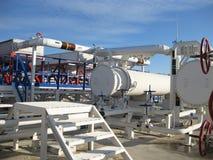 Cambiadores de calor en una refinería Foto de archivo libre de regalías