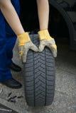 Cambiamento dei pneumatici Immagine Stock