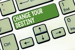 Cambiamento del testo di scrittura di parola il vostro destino Concetto di affari per la riscrittura dell'inizio migliorante di t fotografia stock