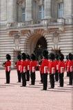 Cambiamento della protezione in Buckingham Palace Fotografia Stock