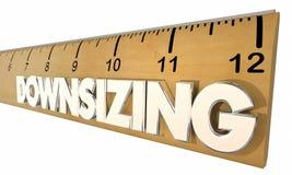 Cambiamento economico 3d Illust di dimensione di Downsizing Ruler Reducing Company Immagine Stock Libera da Diritti