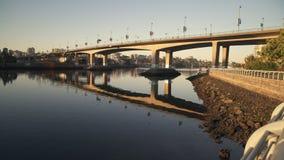 Cambie桥梁,False Creek黎明4K UHD 股票视频
