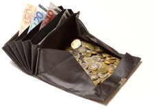 Cambie el monedero con las monedas y las cuentas euro Foto de archivo libre de regalías