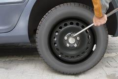 Cambie el neumático Foto de archivo libre de regalías