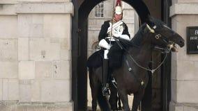 Cambio de los guardias de caballo