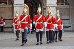 Cambio del guardia Parade en Londres, Inglaterra en Sunny Summer Day imágenes de archivo libres de regalías