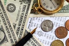 Cambio del precio del petróleo - crisis de la energía - actividades bancarias Imagenes de archivo