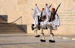 Cambio del protector en Atenas Foto de archivo libre de regalías