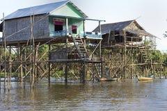 cambodia houses styltan Royaltyfri Fotografi