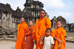 cambodia monks Royaltyfri Fotografi