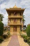 cambodia skördar den guld- pagodaen siem Fotografering för Bildbyråer