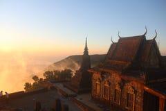 cambodia Wat Sampov Pram Berg Bokor Kampot stad Kampot landskap royaltyfri bild