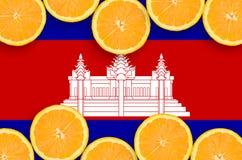 Cambodja flagga i citrusfruktskivahorisontalram arkivbilder