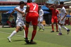 Cambodjaanse voetbalsters in actie, Kampot kambodja Royalty-vrije Stock Afbeeldingen