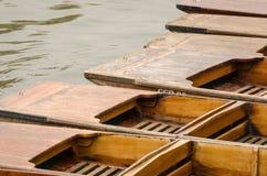 Cambridge, Anglia, drewniane łodzie Fotografia Stock