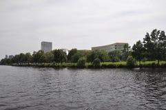 Cambridge, il 30 giugno: Panorama della città di Cambridge dal fiume Charles nello stato di Massachusettes di U.S.A. Fotografia Stock Libera da Diritti