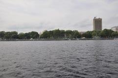 Cambridge, le 30 juin : Panorama de ville de Cambridge de Charles River dans l'état de Massachusettes des Etats-Unis Photo libre de droits