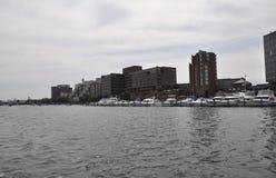 Cambridge, le 30 juin : Panorama de ville de Cambridge de Charles River dans l'état de Massachusettes des Etats-Unis Photo stock