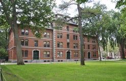 Cambridge mA, el 30 de junio: Harvard Thayer Hall en el campus de Harvard del estado de Cambridge Massachusettes de los E.E.U.U. Fotografía de archivo