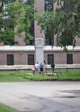 Cambridge mA, el 30 de junio: Monumento del campus de Harvard en el estado de Cambridge Massachusettes de los E.E.U.U. Fotografía de archivo