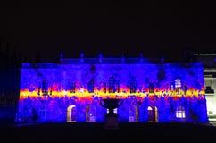 Cambridge senathus som är upplyst under eLuminateljusfestivalen Arkivfoton