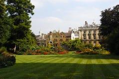 cambridge universitetar royaltyfria bilder
