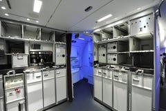 Cambusa posteriore di Qatar Airways Boeing 787-8 Dreamliner a Singapore Airshow Fotografie Stock