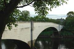 Cambuskenneth bro Arkivbild