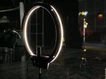 Camcorder och ljus cirkel framme royaltyfri fotografi