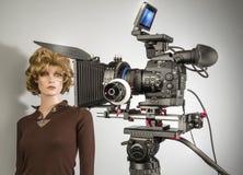 Camcorderfilm het schieten en videoproductiebegin in cinematografiestudio vector illustratie