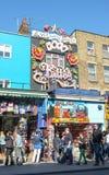Camden High Street Shops, Londen Stock Foto