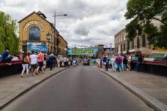 Camden kędziorek w Londyn na weekendzie Zdjęcia Royalty Free