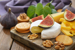 Camembert cheese Royalty Free Stock Photos