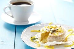 Camembert cozido Fotografia de Stock Royalty Free