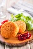 Camembert empanado y cocido Imagen de archivo libre de regalías