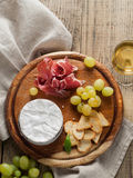 Camemmbert (brie) cheese Royalty Free Stock Photo