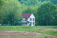 Camera abbandonata dell'azienda agricola nel Kentucky immagine stock libera da diritti