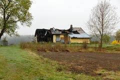Camera bruciata e distrutta da incendio Fotografia Stock