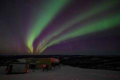 Camera, cabina, aurora, notte all'Alaska, fairbanks Fotografie Stock