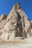 Camera in colline di Cappadocia fotografia stock libera da diritti