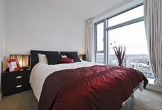 Camera da letto accogliente Immagini Stock