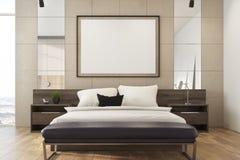 Camera da letto beige del sottotetto, manifesto Fotografia Stock