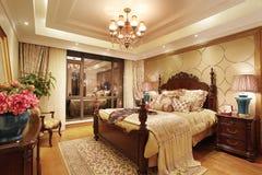 Camera da letto classica Fotografia Stock Libera da Diritti
