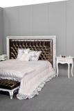 Camera da letto d'argento fotografia stock