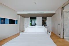 Camera da letto dell'hotel Fotografia Stock