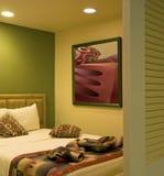 Camera da letto dell'hotel di ricorso di vacanza Fotografia Stock