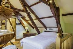 Camera da letto della cabina di ceppo Immagini Stock