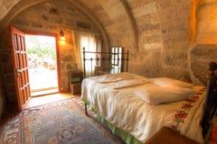 Camera da letto della caverna Fotografia Stock Libera da Diritti