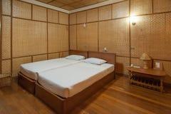 Camera da letto di bambù della località di soggiorno Immagini Stock Libere da Diritti